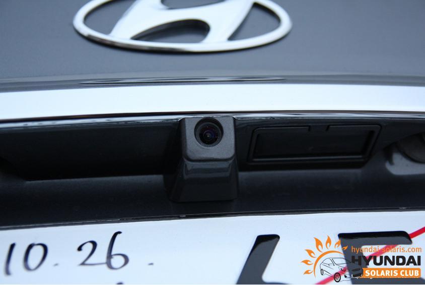 Камера заднего вида – маленький друг большой машины