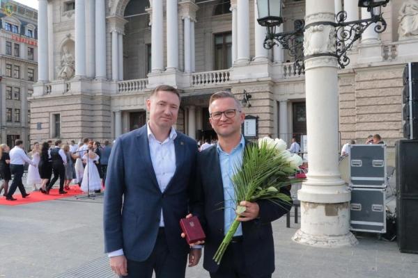 Трьох артистів Львівської опери відзначили найвищими державними нагородами у галузі культури