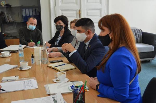 Сімейні фермерські господарства Львівщини зможуть отримати грантову підтримку на розвиток ягідництва